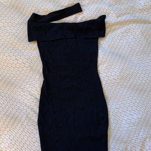 one Shoulder/ Off the shoulder  Black Dress